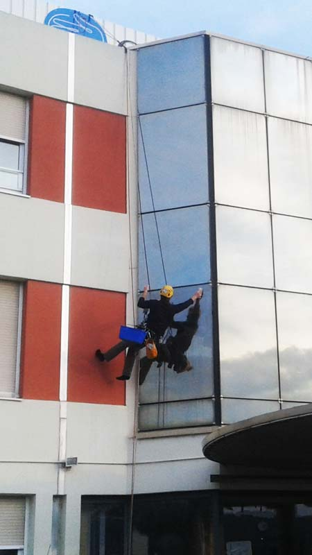 vertik travaux acrobatiques nettoyage
